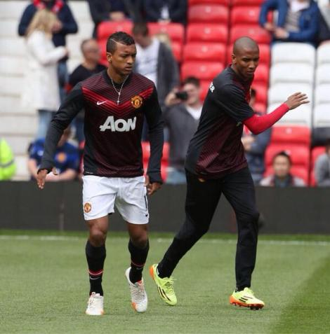 man-utd-vs-sunderland-nani-and-young